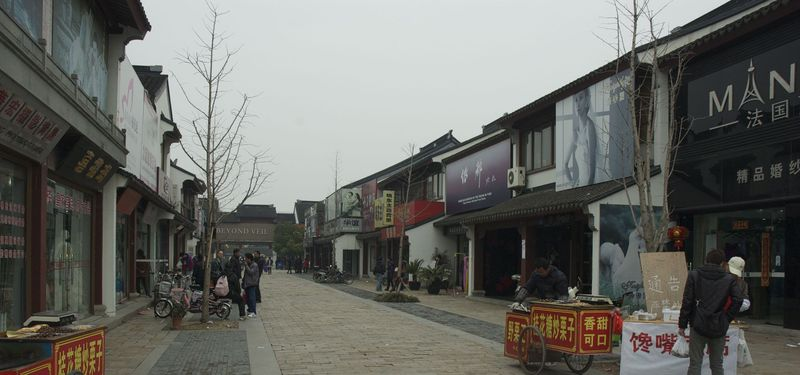 Suzhou Wedding Dress Market (4)