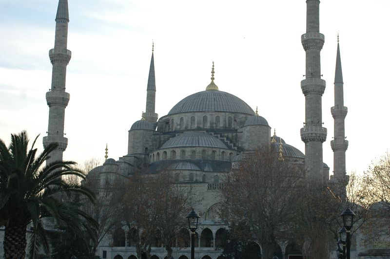 Istanbul_guide_blue_mosque